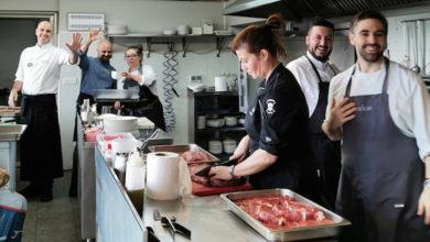 Photo of Anxo Trives, entre os cociñeiros do menú degustación das Xornadas de Boi e Vaca do País en Sober