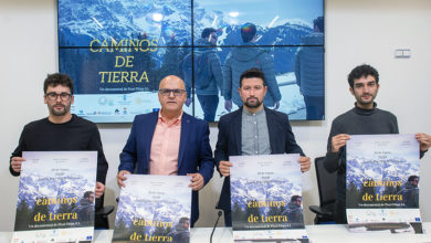"Photo of O documental ""Caminos de tierra"" estrearase este xoves no Teatro Principal de Ourense"