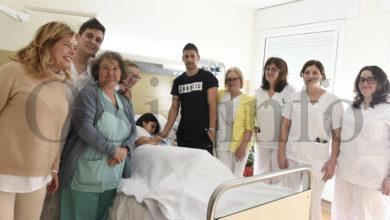 Photo of O primeiro bebé do ano 2020 en Galicia é o barquense Iago