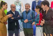 """Photo of Os aprendices de """"Maestros de la Costura 3"""" comezarán a tempada en Ourense reproducindo prendas de Adolfo Domínguez"""