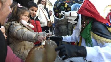 Photo of As máscaras de inverno da península e de Sardeña engaiolan ao público en Vilariño de Conso