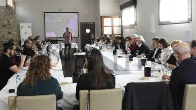 Photo of Case unha trintena de persoas descubren as singularidades dos viños de Valdeorras