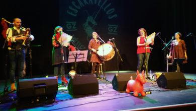 Photo of O grupo Escaravellos adícalle unha canción a Viana do Bolo