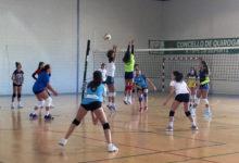 Photo of Máis de 50 xogadores están concentrados en Quiroga coas seleccións galegas de voleibol