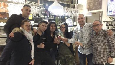 Photo of Heidi Leal celebra o seu cumpreanos rodeada de amigos en El Manjar, no Barco