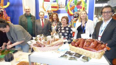 Photo of Viana do Bolo promociona o seu Entroido e a Festa da Androlla no salón de turismo gastronómico Xantar