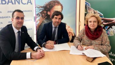 Photo of AEVA asina un convenio con Abanca
