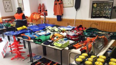Photo of Protección Civil de Trives expón o seu material de emerxencias na visita do director xeral de Interior