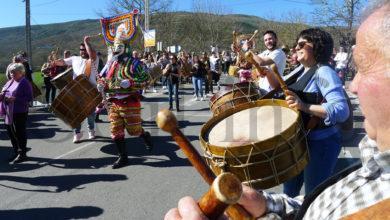 Photo of Sábado de Entroido en Vilariño de Conso, entre sons de fulións e cabrito