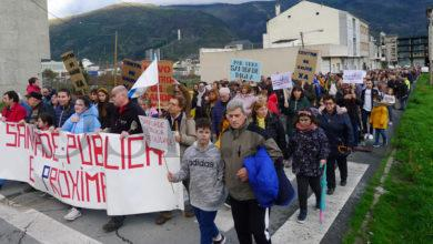 Photo of Máis de mil persoas percorren A Rúa para pedir un novo centro de saúde e defender a sanidade pública