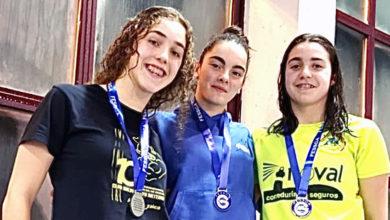 Photo of A xuvenil Eva Feijoo (Salvour), triple campioa galega e dous récords nos galegos de salvamento e socorrismo
