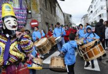 Photo of Carrozas, comparsas e cinco folións no desfile de Trives