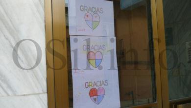 Photo of Os nenos de Valdeorras pintan mensaxes de ánimo e de agradecemento