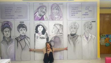 """Photo of A artista Laura Duben celebra o 8M cun mural adicado ás mulleres que """"arriscan a vida por un mundo máis xusto"""""""