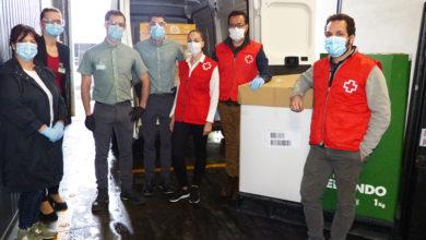 Photo of Cruz Vermella Ourense recibe alimentos para axudar a 400 familias do Concello de Barbadás
