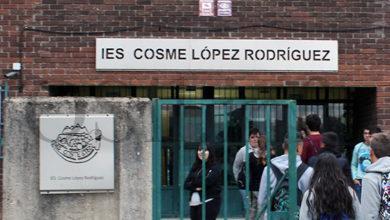 """Photo of O IES Cosme López Rodríguez da Rúa implanta un novo ciclo de FP de """"Sistemas microinformáticos e redes"""""""
