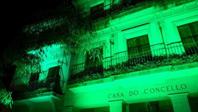 Photo of A luz verde envolve o Concello vello do Barco para darlle visibilidade á ELA