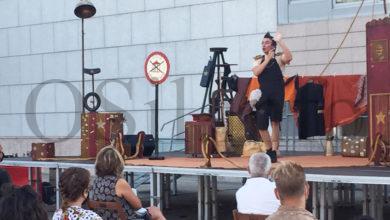 """Photo of Cóctel de circo e teatro con """"Oníricus"""", na terraza do Auditorio de Ourense"""