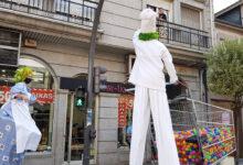 """Photo of Os zancudos percorren as rúas do Barco con motivo do """"Entretendas"""""""