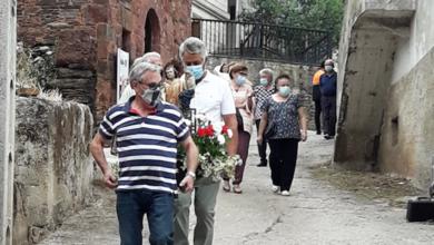 Photo of Os veciños de Somoza (A Rúa) sacan en procesión a San Lourenzo