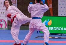 Photo of Lucía Herrero (KC River Stone do Barco) estrearase na categoría sénior na Liga Nacional de Karate