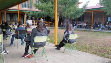 Photo of Volta ás aulas con distancia e mascarillas no IES Carlos Casares de Viana