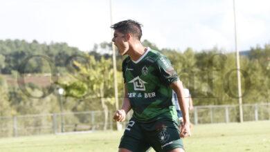 Photo of O CD Arenteiro lidera a clasificación en 3ª división tras vencer ao Ourense CF no primeiro derbi da tempada
