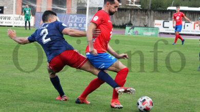 Photo of O fútbol regresa a Calabagueiros co empate a uns entre CD Barco e Alondras CF