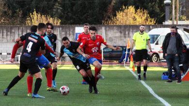 Photo of O CD Barco sucumbe ante o Arousa, novo líder no grupo B de 3ª división