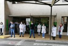 Photo of Minuto de silencio no Hospital de Valdeorras polo Día da Violencia de Xénero