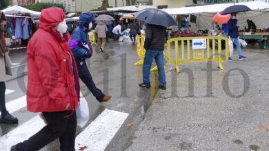 Photo of Animado reencontro coa feira en Viloira (O Barco), pese á chuvia e ao frío