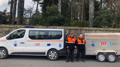 Photo of A da Rúa, entre as Agrupacións de Voluntarios de Protección que reciben un remolque de emerxencias