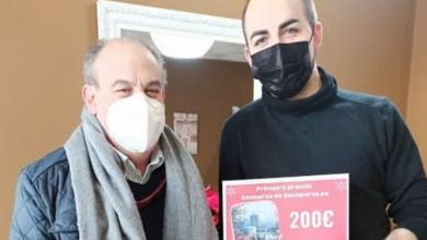 "Photo of Perruquería Jorge Álvarez, 1º premio do concurso de escaparates ""Se ti compras en Viana, todos ganamos"""